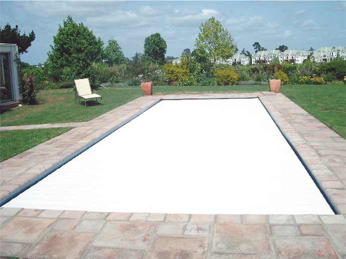 Light color pool cover