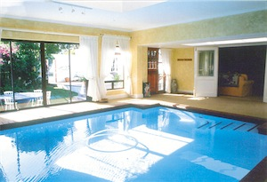 Executive Pool in lounge