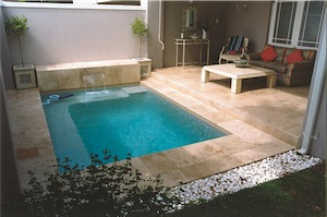 Stone pool surround 5 - Choose a Pool Surround with Style