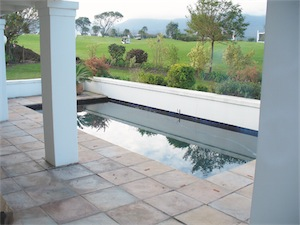 Stone pool surround 9 - Choose a Pool Surround with Style