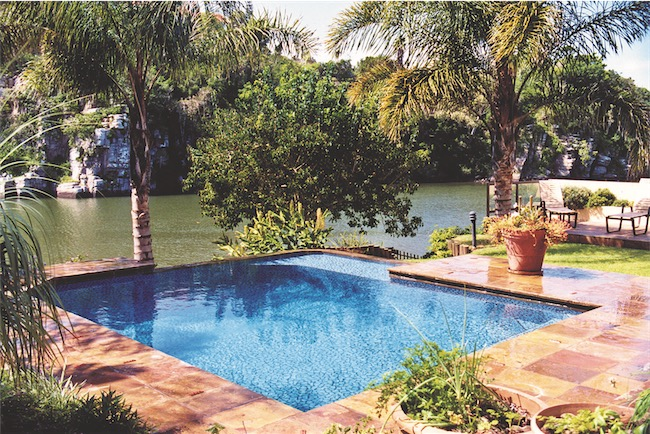 Pool On River S - Swimming Pools With Strong Views